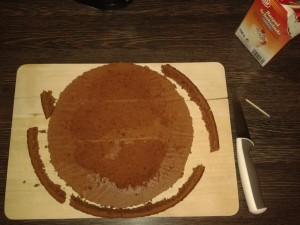 Georgisch backen: Lamumba Kuchen georgische Art - kuchenrand abschneiden