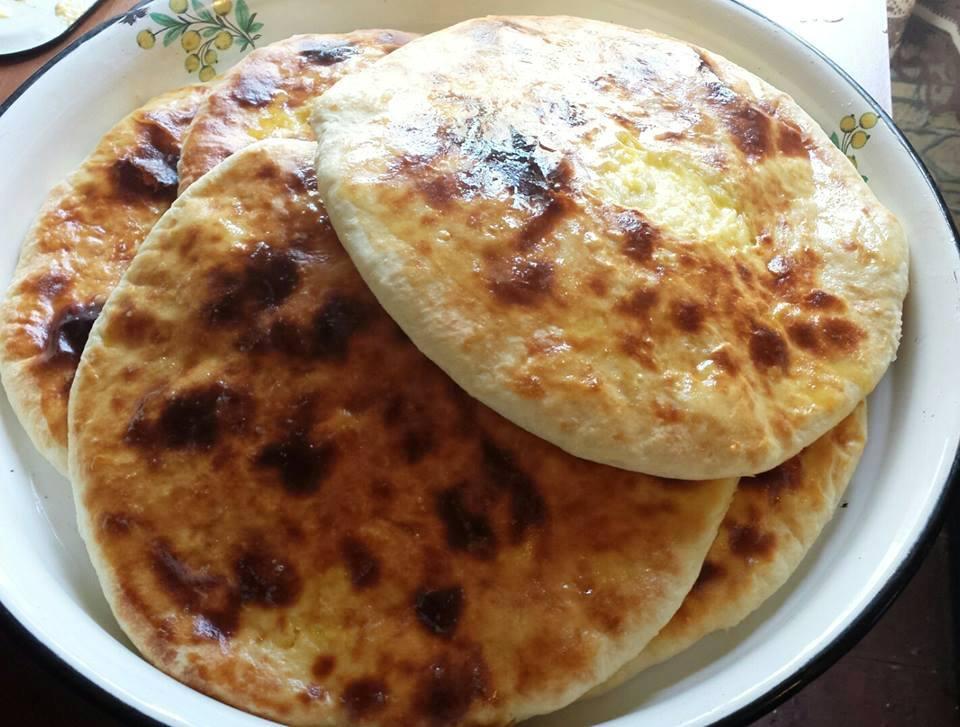 Georgische Küche - Khachapuri