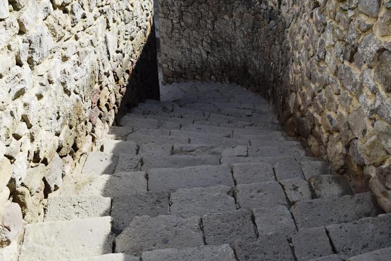 rabat-festung-treppen aus dem 9 jhd